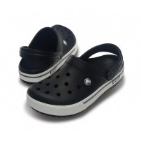 http://media.streetmarket.cz/static/stockitem/data13516/thumbs/12836-070_pair_crocband_ii_5_clog_black_charcoal.jpg