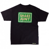 http://media.streetmarket.cz/static/stockitem/data14182/thumbs/shake-junt-box-logo-t-shirt-black_4.jpg