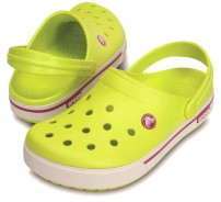 http://media.streetmarket.cz/static/stockitem/data14396/thumbs/12836-39l-pair-crocband_ii_5_clog-tennis_ball_green-vibrant_viola.jpg