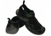 http://media.streetmarket.cz/static/stockitem/data15989/thumbs/15041-070-pair-swiftwater_sandal_m-black-charcoal.jpg