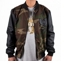 http://media.streetmarket.cz/static/stockitem/data16424/thumbs/wu-wear-pyn-college-jacket-camo-25382.thumb_600x600.jpg
