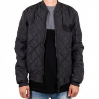http://media.streetmarket.cz/static/stockitem/data16434/thumbs/wu-tang-clan-wu-quilted-jacket-wu-tang-clan.jpg