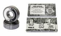 http://media.streetmarket.cz/static/stockitem/data18992/thumbs/BLURS-BEARINGS-ABEC-5-SKATE-BEARINGS-scaled.jpg